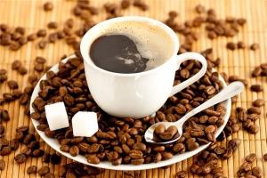 Как кофеин действует на мозг?