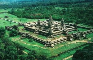 Религиозный лабиринт в мистической Камбодже