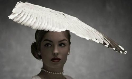 Модные тренды: кости, перья и кошачья шерсть